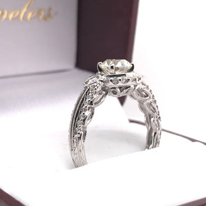 0.98 CARAT ANTIQUE STYLE CONTEMPORARY DIAMOND RING