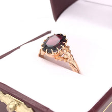 VICTORIAN ROSE GOLD AND GARNET RING