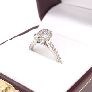 1.50 CARAT OVAL DIAMOND SOLITAIRE STYLE RING