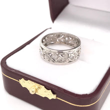 ANTIQUE PLATINUM AND DIAMOND FILIGREE INFINITY BAND