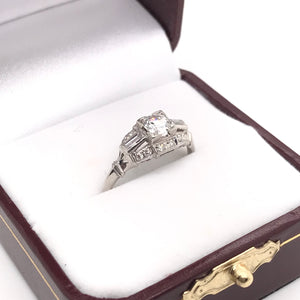 ART DECO 0.50 CARAT DIAMOND AND PLATINUM RING
