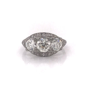 ANTIQUE PLATINUM 2.5CTW THREE STONE DIAMOND RING