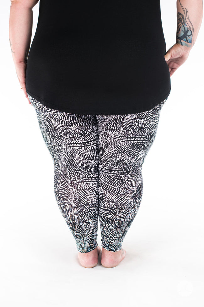 Charmed Plus2 leggings - SweetLegs