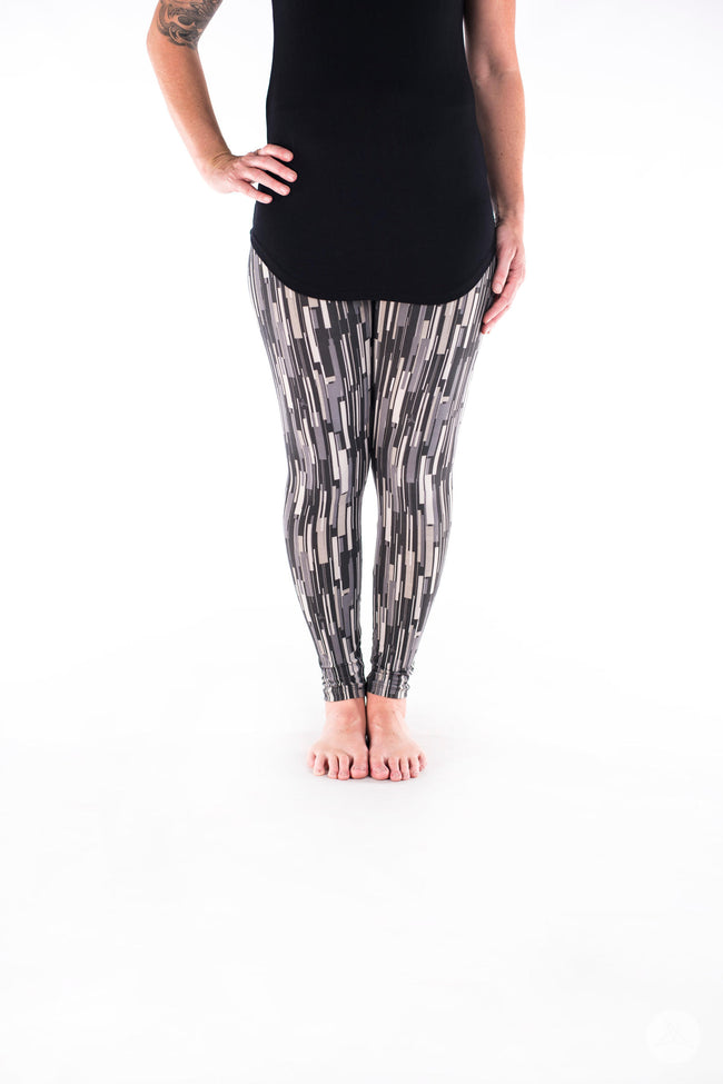 Elevate Petite leggings - SweetLegs