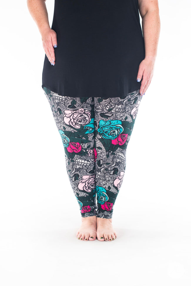 Wisteria Plus leggings - SweetLegs