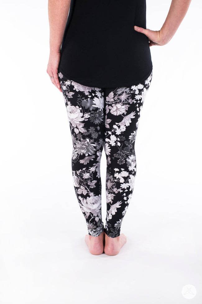 Pen & Ink Petite leggings - SweetLegs