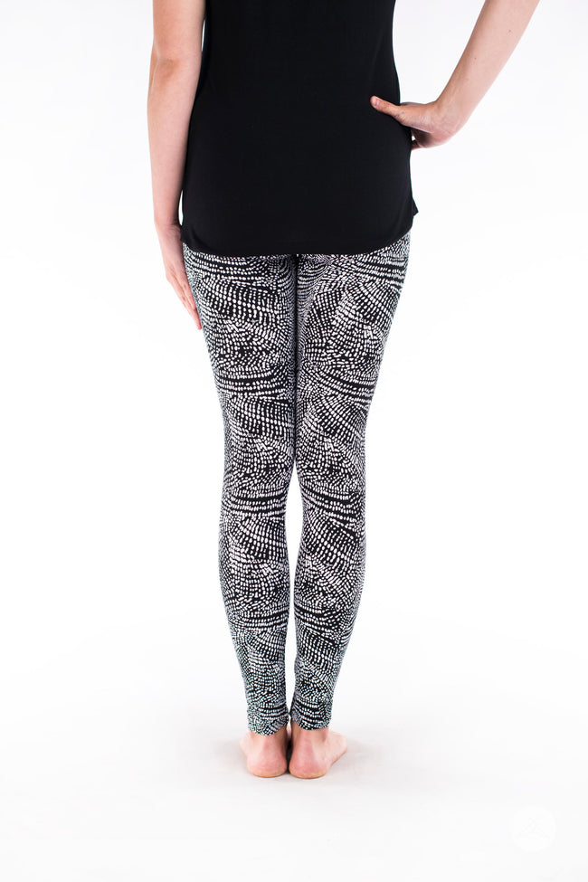 Charmed Petite leggings - SweetLegs
