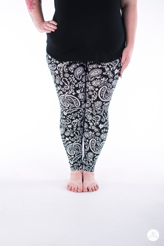 Gardenia Plus leggings - SweetLegs