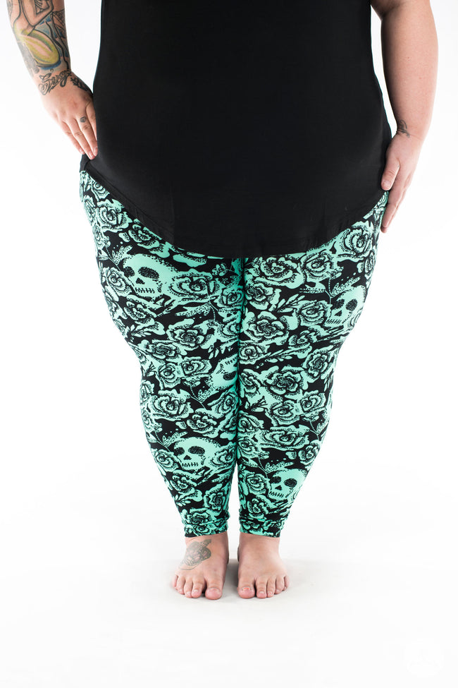 Bad Romance Plus2 leggings - SweetLegs