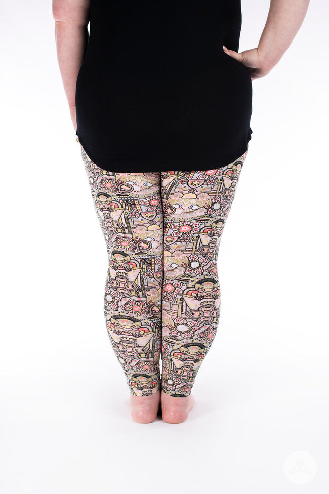Crown Jewels Plus leggings - SweetLegs