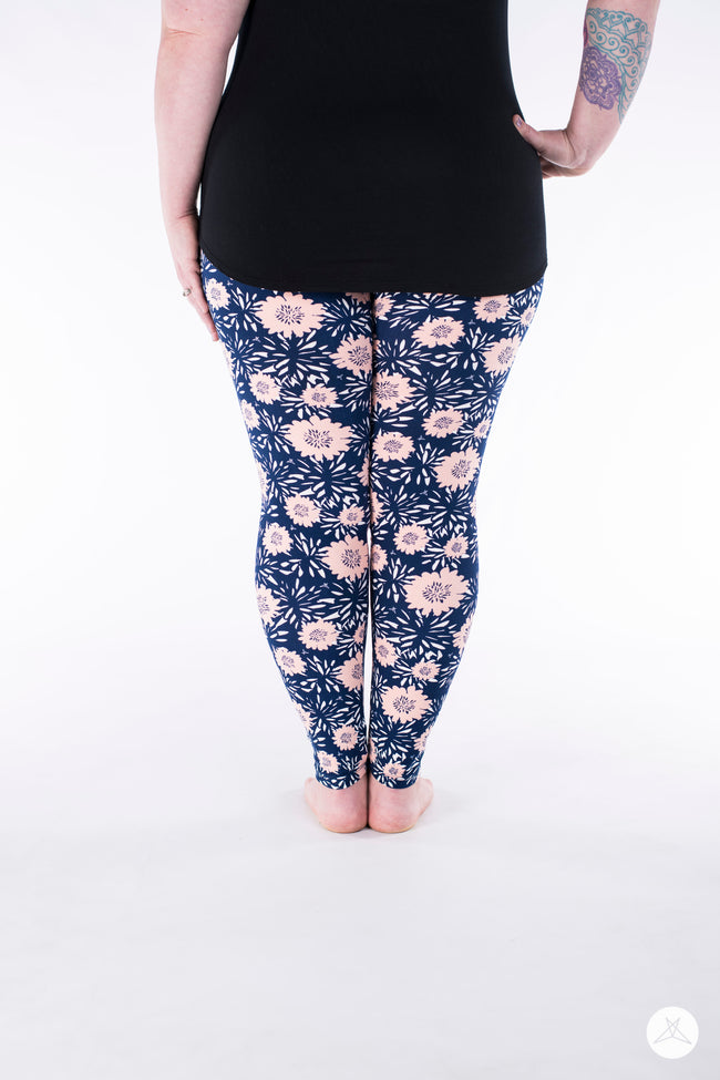 Park Avenue Plus leggings - SweetLegs