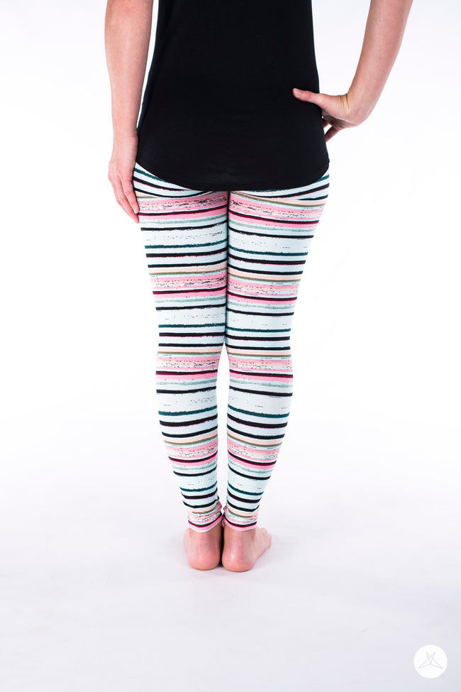 Great Escape Petite leggings - SweetLegs