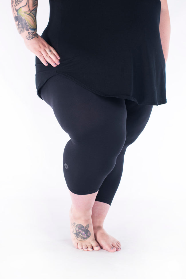 Black Plus2 Crops leggings - SweetLegs