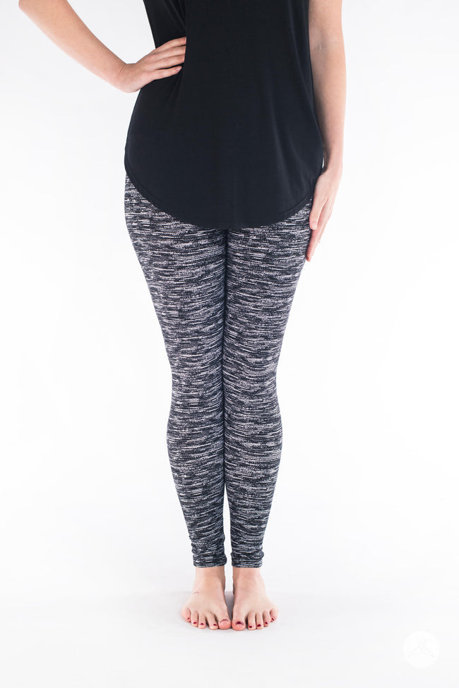 Get Static Petite leggings - SweetLegs