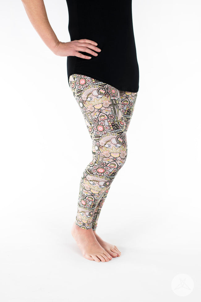 Crown Jewels Petite leggings - SweetLegs