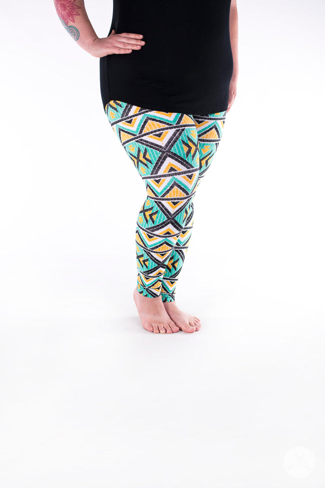 Phoenix Nights Plus leggings - SweetLegs