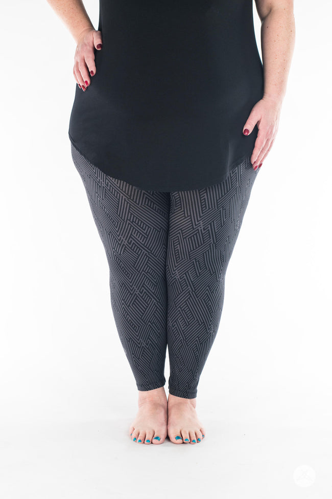 Nightwire  Plus leggings - SweetLegs