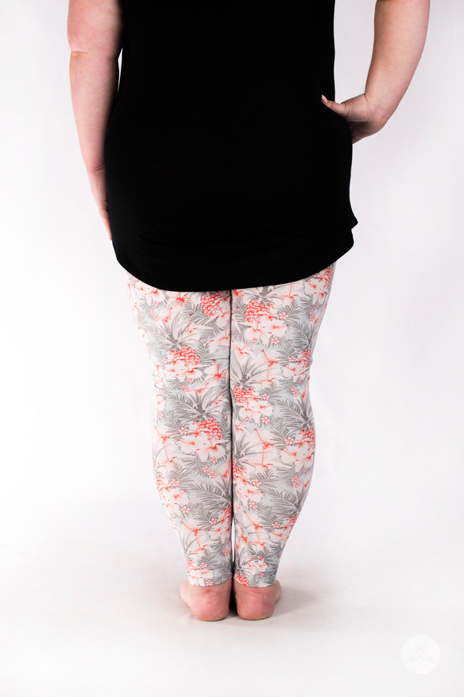 Island Vibes Plus leggings - SweetLegs