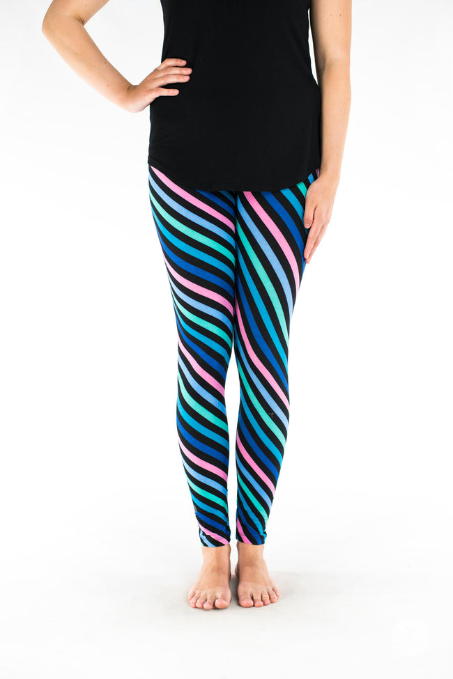 Electric Pursuit Petite leggings - SweetLegs