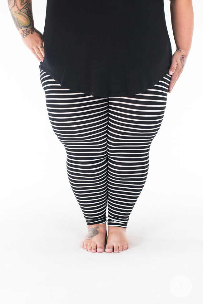 Unscripted Plus2 leggings - SweetLegs