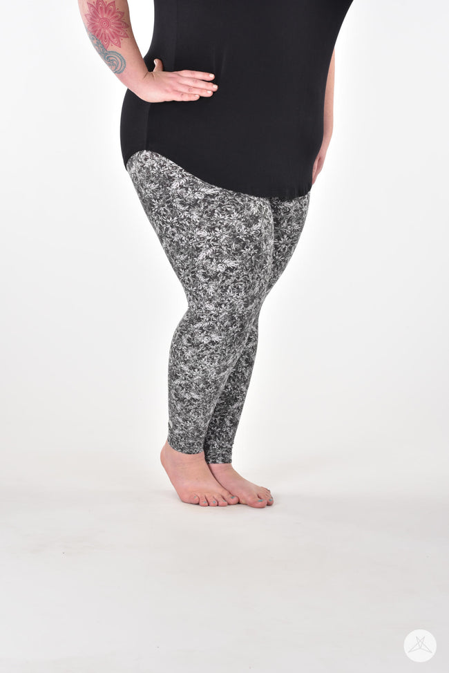 Winterfall Plus leggings - SweetLegs