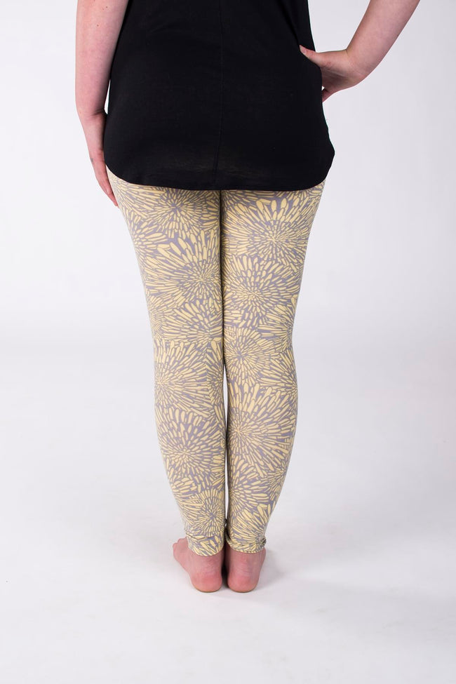 Mellow Yellow Petite leggings - SweetLegs