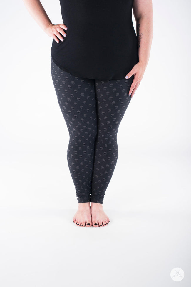 Morticia Plus leggings - SweetLegs