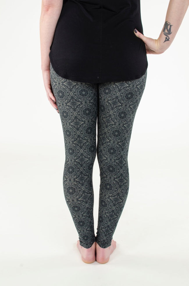 Black Widow leggings - SweetLegs