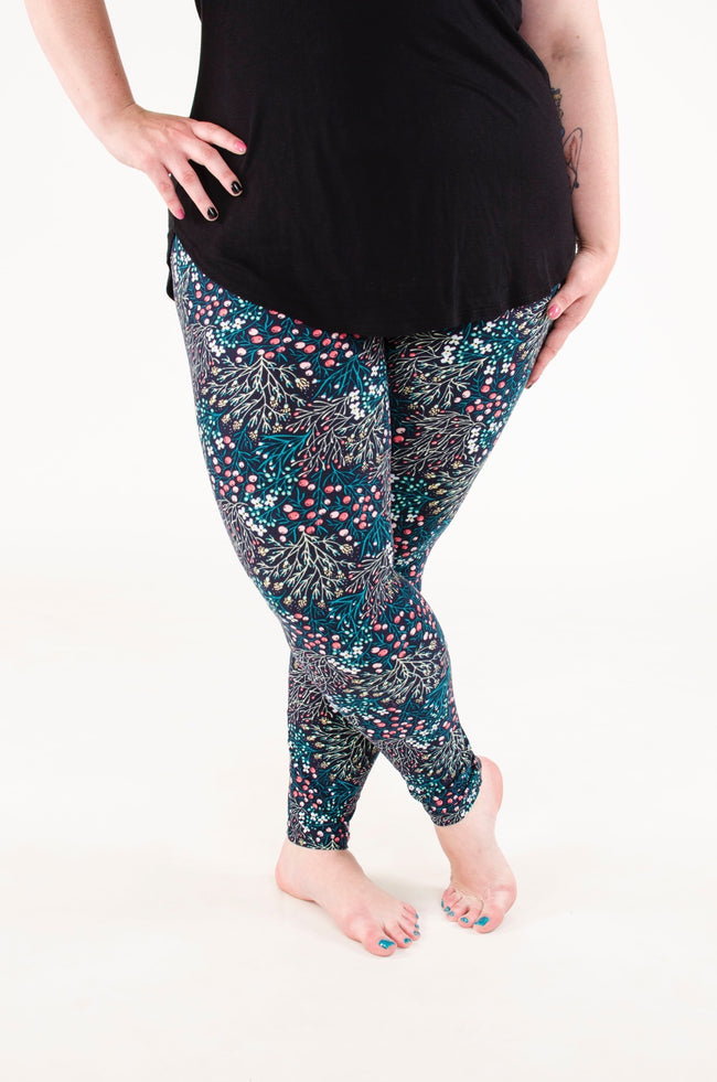 Alora's Garden Plus leggings - SweetLegs