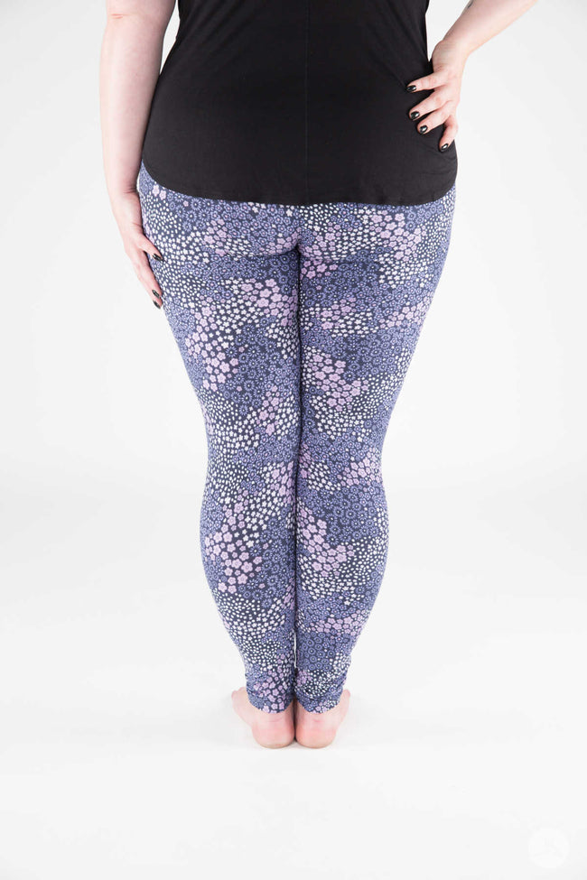 Baby Blue Eyes Plus leggings - SweetLegs