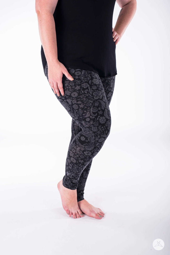 Dark Night Plus leggings - SweetLegs