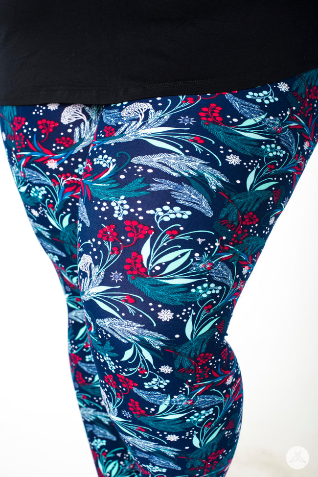Mystic Mountain Plus leggings - SweetLegs