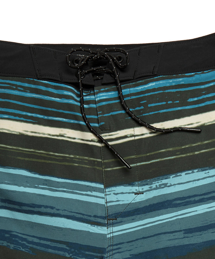 Nomadic Stretch Trunks