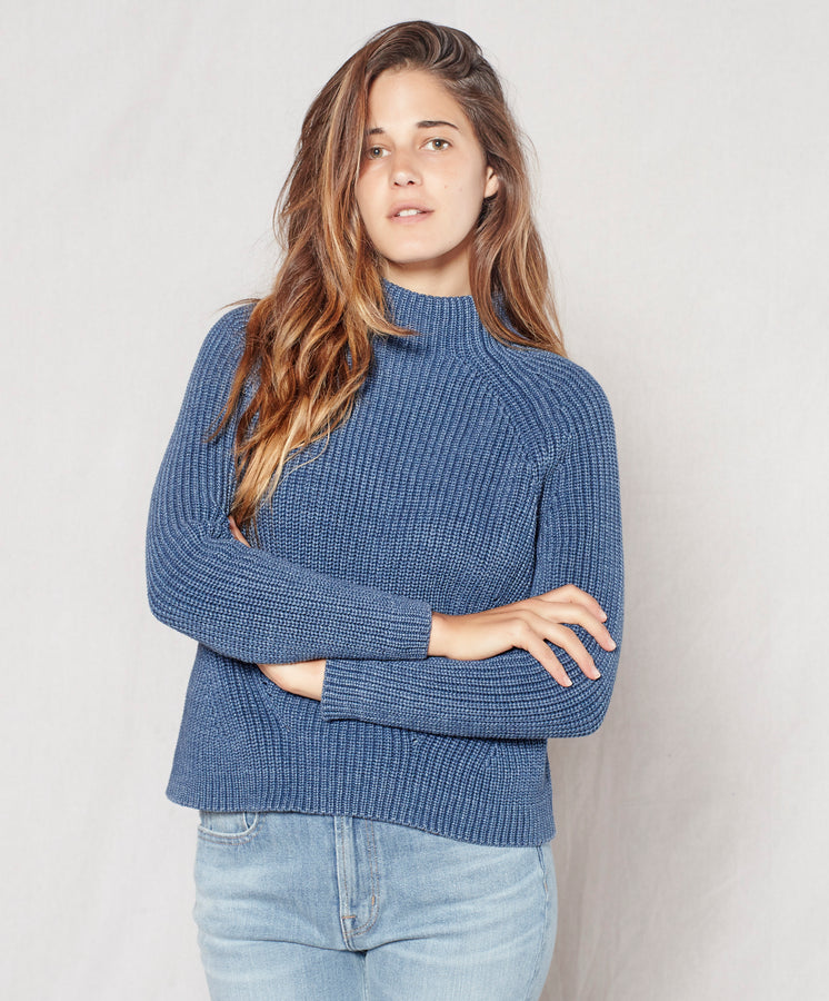 Water-Less Mock Neck
