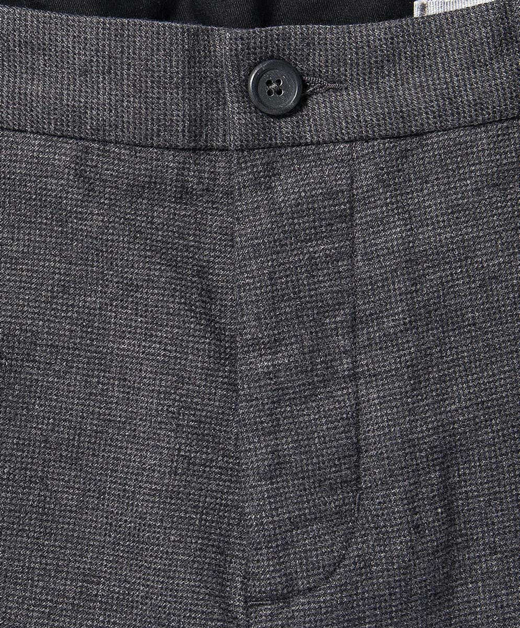 bainbridge short gray detail 1