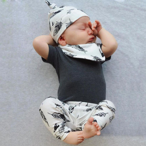 4 Pieces Baby Boy Short Sleeve T-shirt + Pants + Hat + Bibs Set