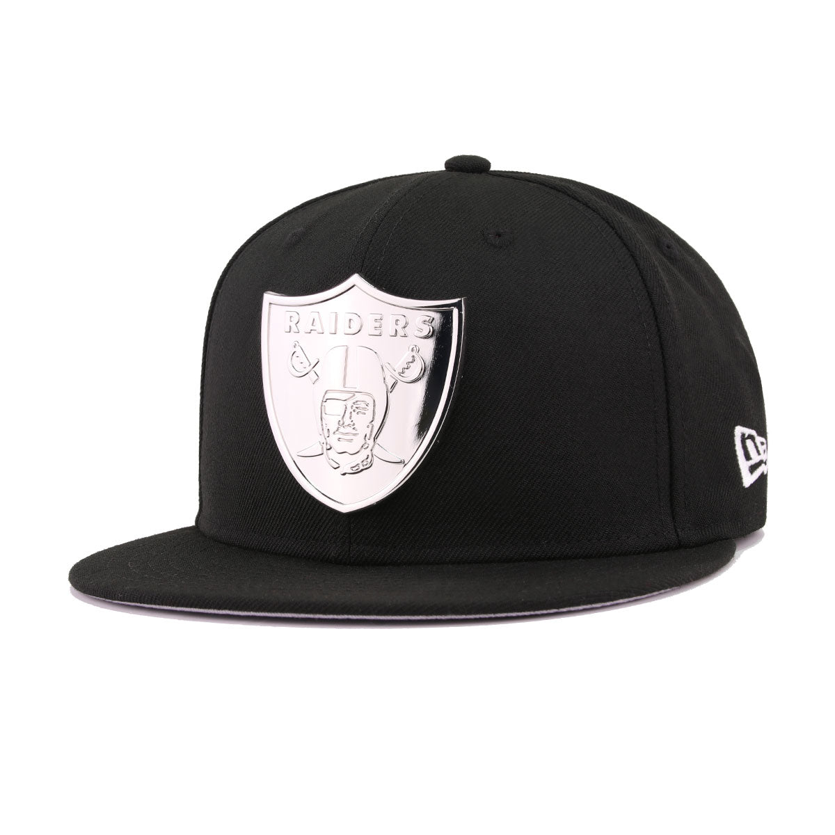 Las Vegas Raiders Black Silver Metal Badge New Era 59Fifty Fitted