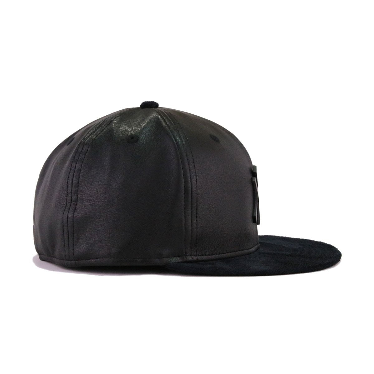 New York Yankees Black Leather Black Suede New Era Metal Badge 59Fifty Fitted