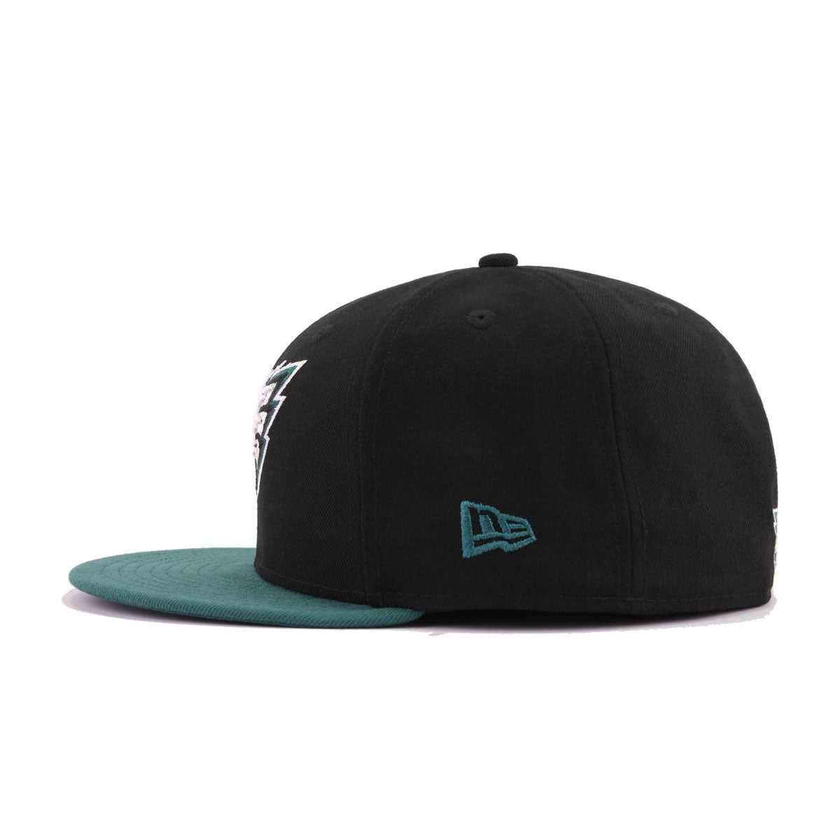b6d14ac4e57 Philadelphia Eagles Black Pine Needle Green New Era 59Fifty Fitted