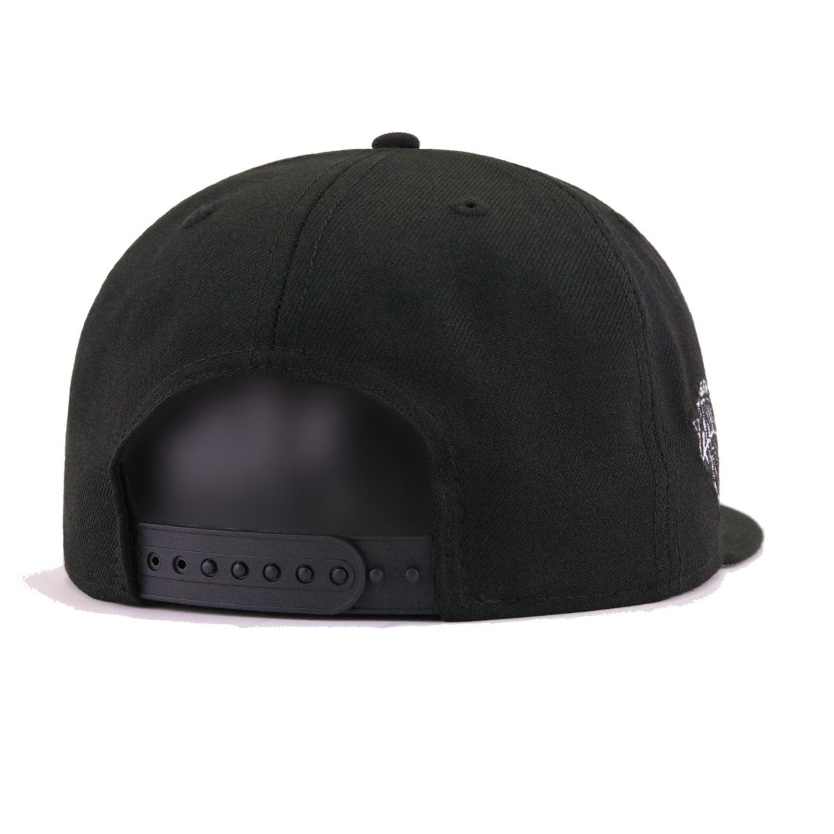 New York Knicks Black White Tilted Lines New Era 9Fifty Snapback