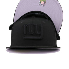 New York Giants Black on Black New Era 59Fifty Fitted
