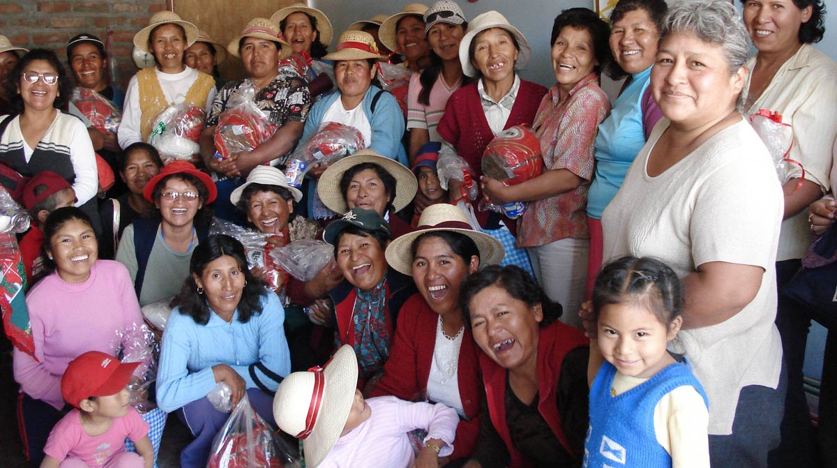 Artisan Knitters Creating Fair Trade Fashion in Peru for Indigenous Designs