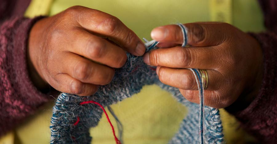 Artisan hand knitting fair trade clothing | handcrafted sustainable fashion
