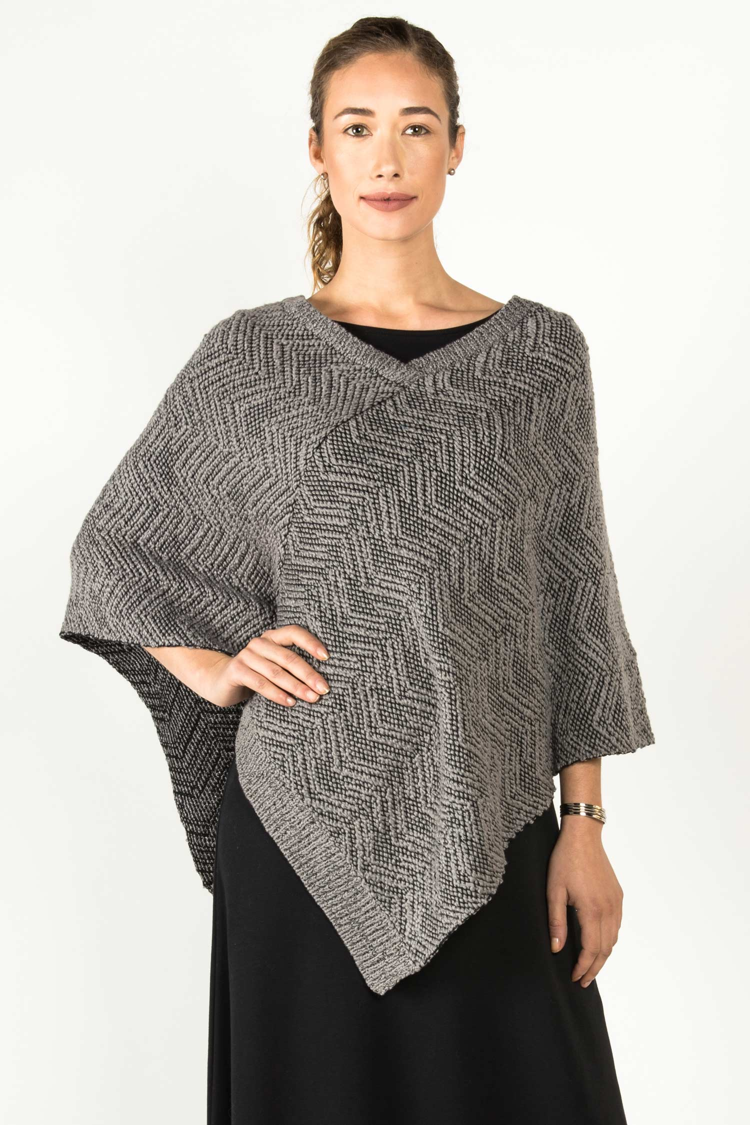 Womens Organic Cotton Poncho | Gray Black