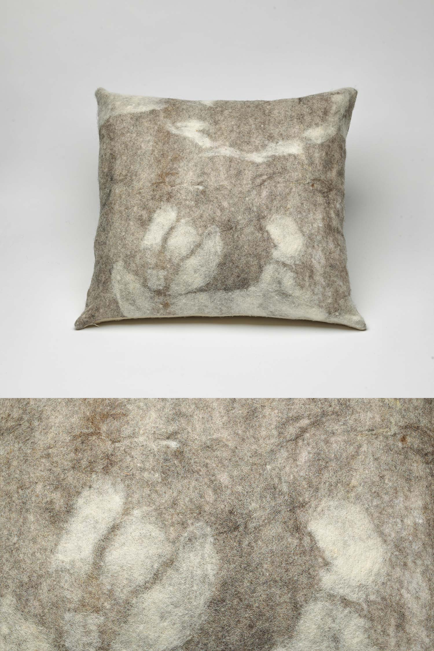 Shetland Wool Cloud Pillow | Square | Ivory Gray