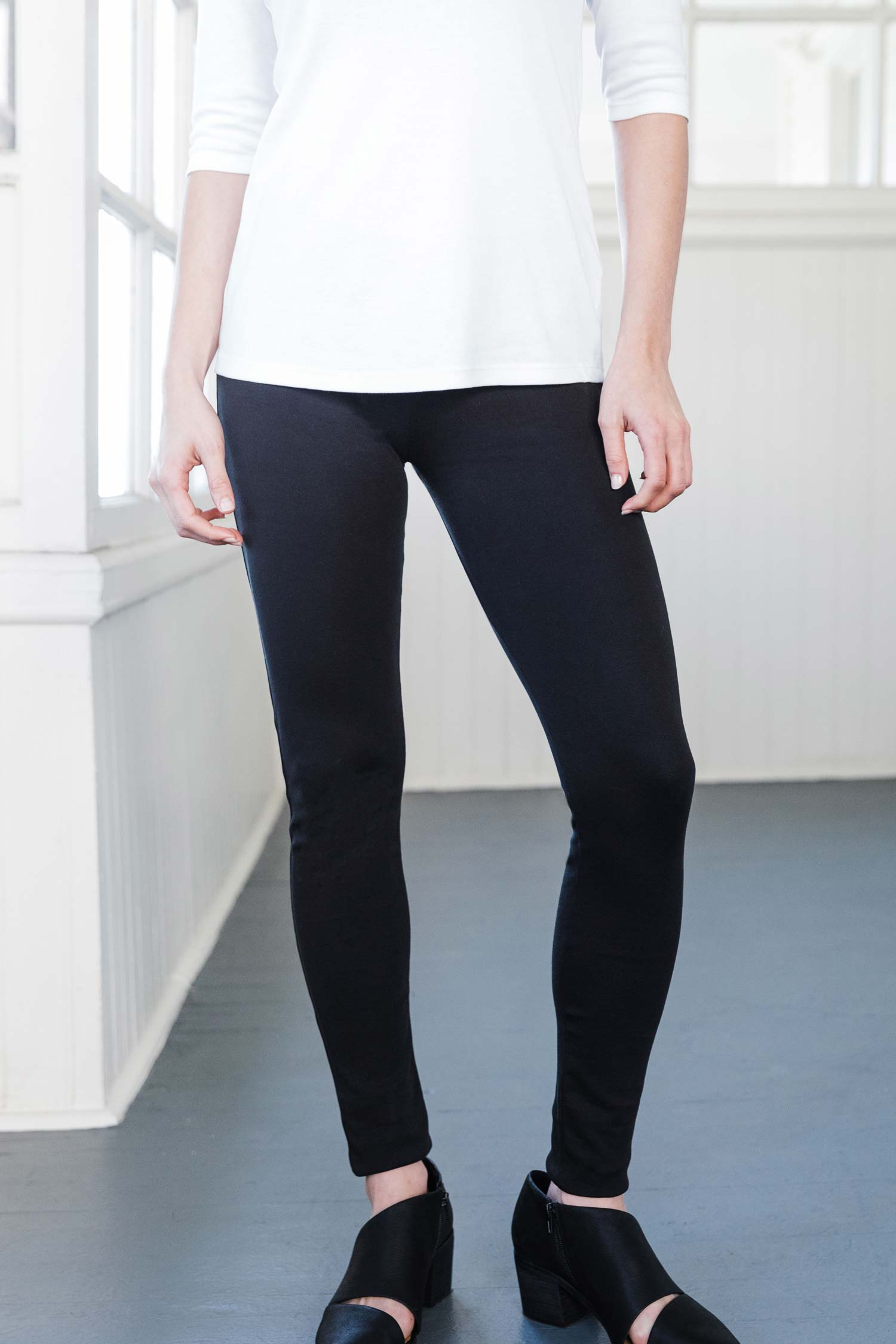 Womens Black Leggings | Organic Cotton Clothing