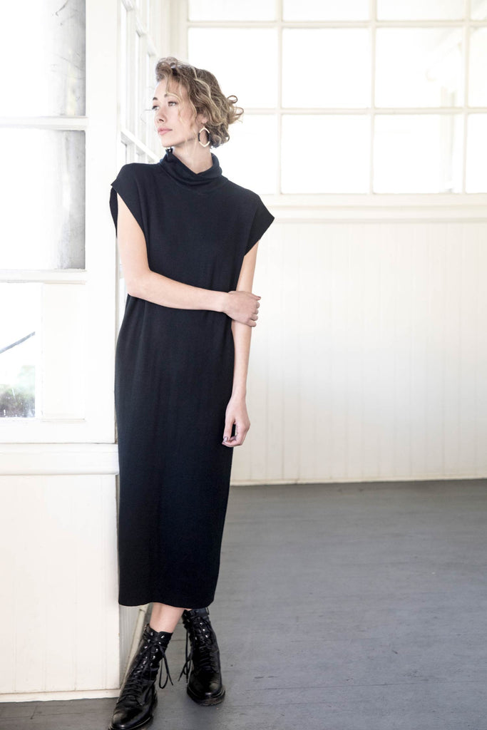womens organic cotton dress in black knit