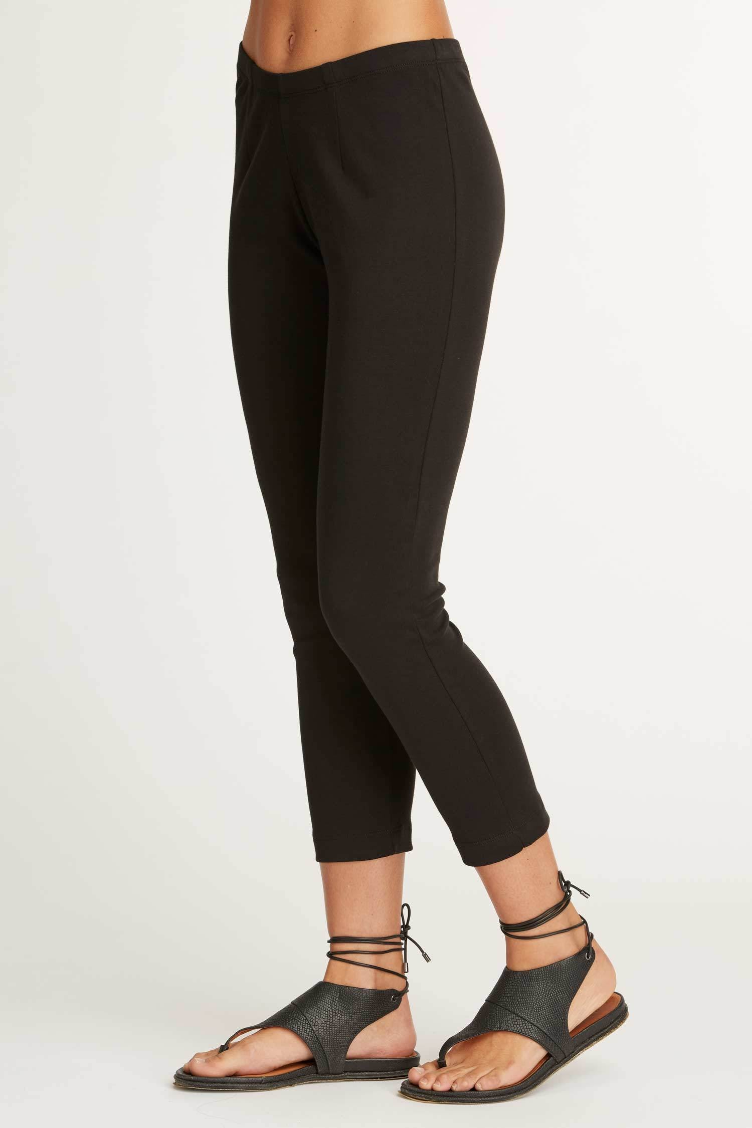 Womens Organic Cotton Leggings | Black Luxe Capri Legging | Indigenous