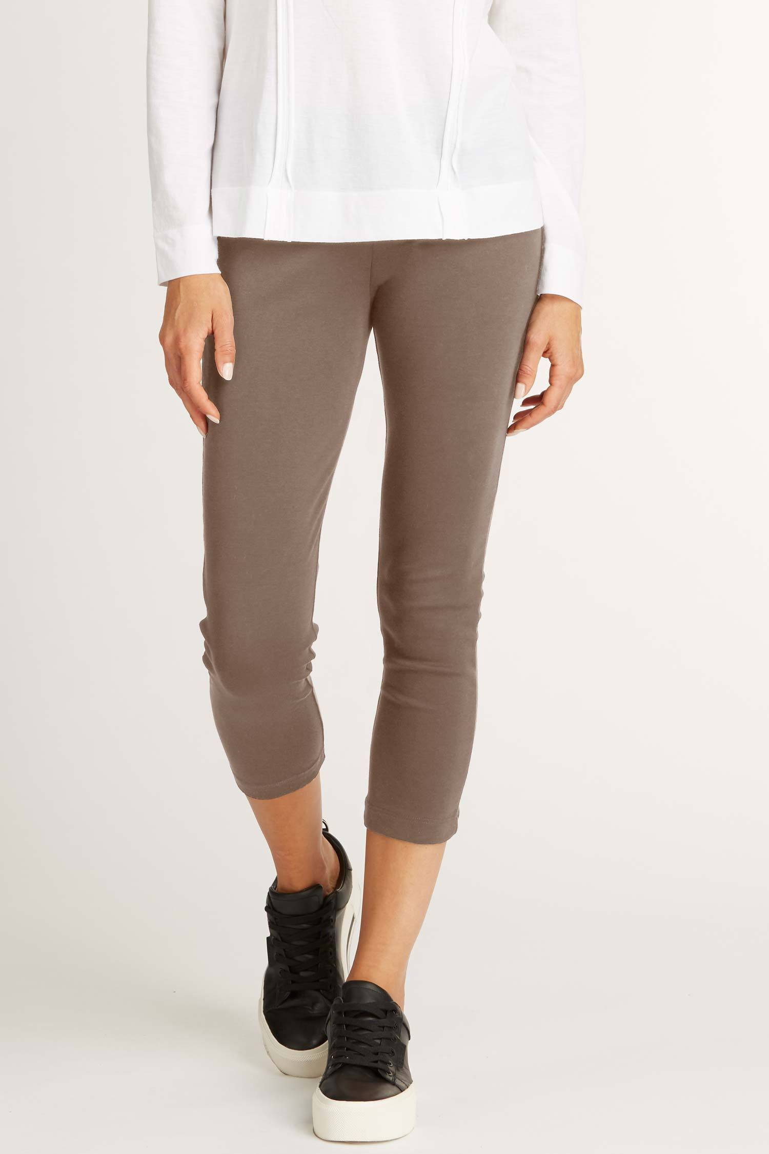 Womens Organic Cotton Leggings | Brown Luxe Capri Legging | Indigenous