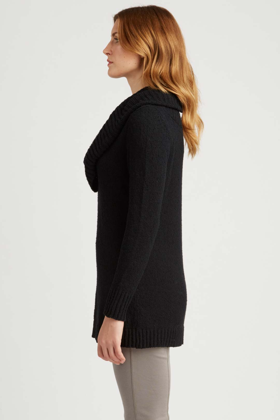 Womens Organic Cotton Pullover Sweater in Black